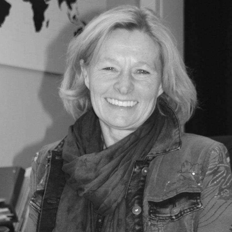 Christine Heisinger 800 x 800