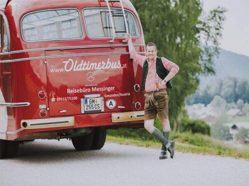 oldtimerbus-chauffeur-thomas